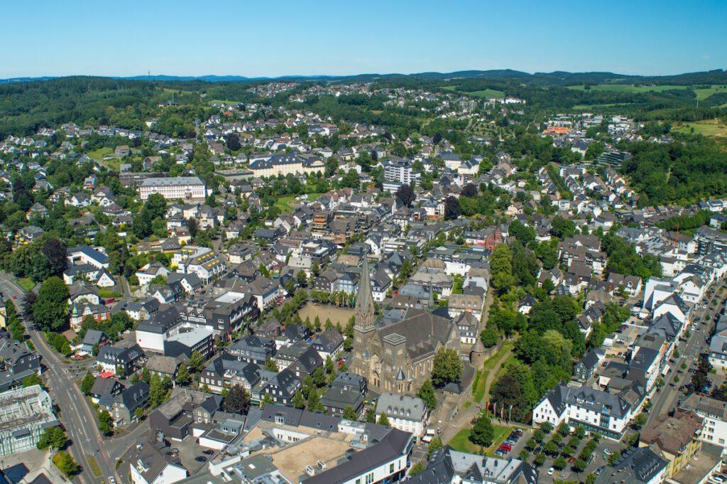 Luftbild der Stadt Olpe