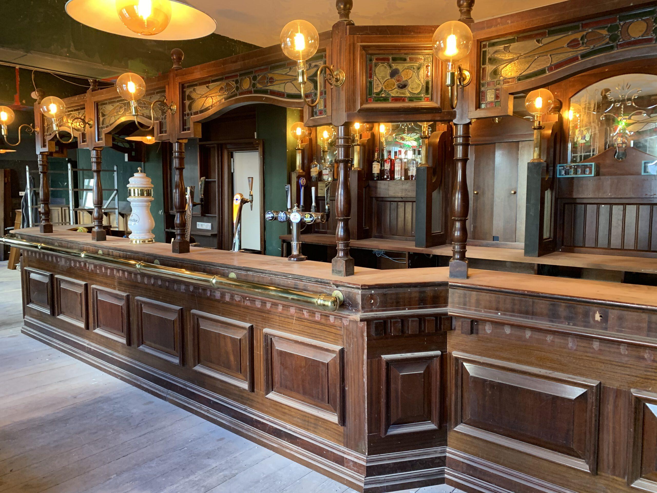 Innenansicht eines Pubs