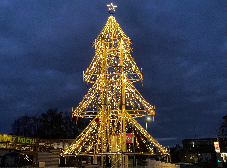 Weihnachtsbaum aus Stahl