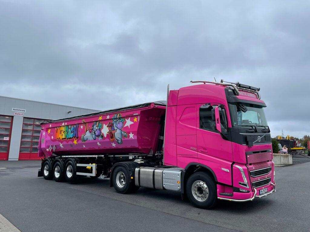 Pinker LKW
